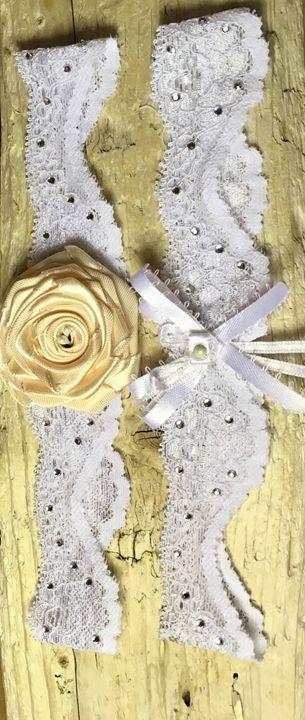 Golden Rose Wedding Garter Set - Sc'Ocean Art