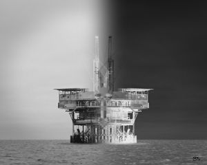 Oil Platform Illusion