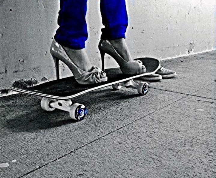 Heels on board - Peksiak