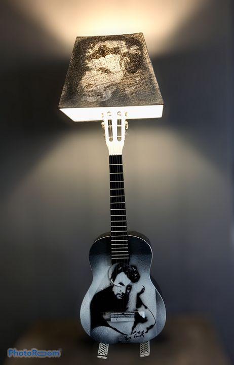 Lamp (sculpture) by Mura F. - Mura Fowski
