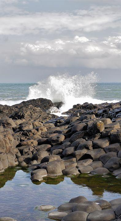 Storm in ocean near Giant's Causeway - Sergejus Lamanosovas - Severas