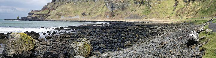 The Giant's Causeway and it's coast - Sergejus Lamanosovas - Severas