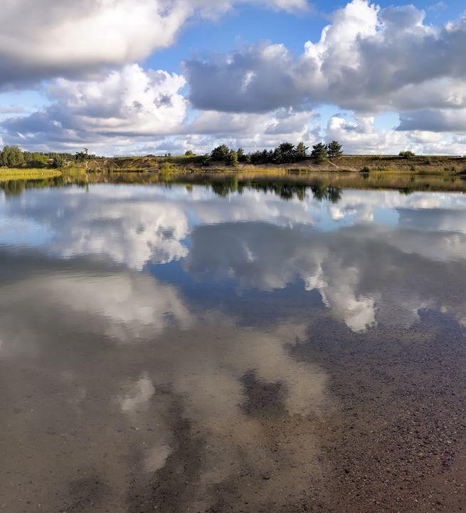 Tranquil morning near a lake - Sergejus Lamanosovas - Severas