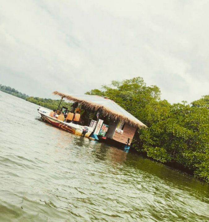 River hut - Shilpaya
