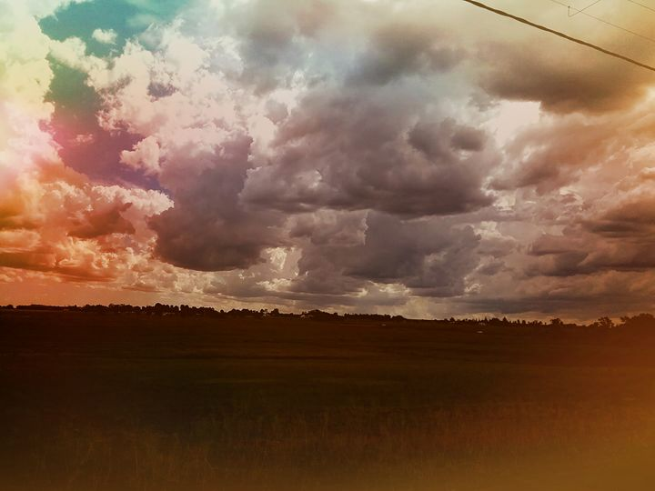 Dramatic sky - Vanesse purves art gallery