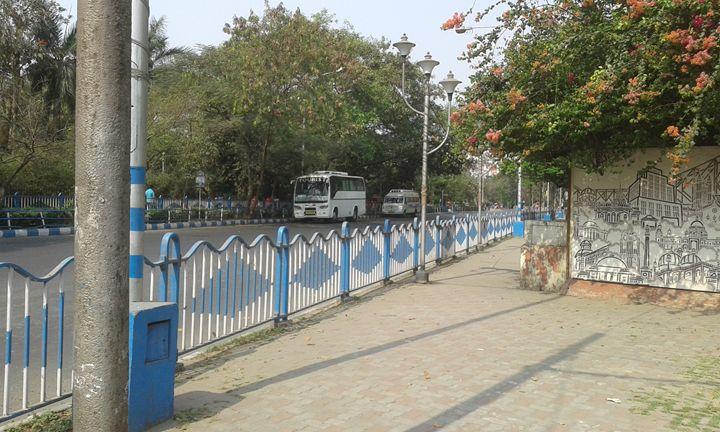 Road of Kolkata - art show
