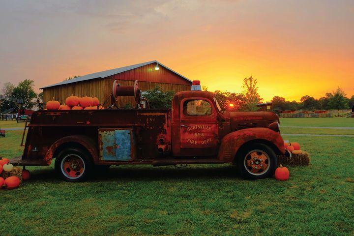 Pumpkin Fire Truck - Woodtech Creations
