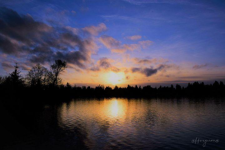 Sunset on Silver Lake - Faith Fougeron