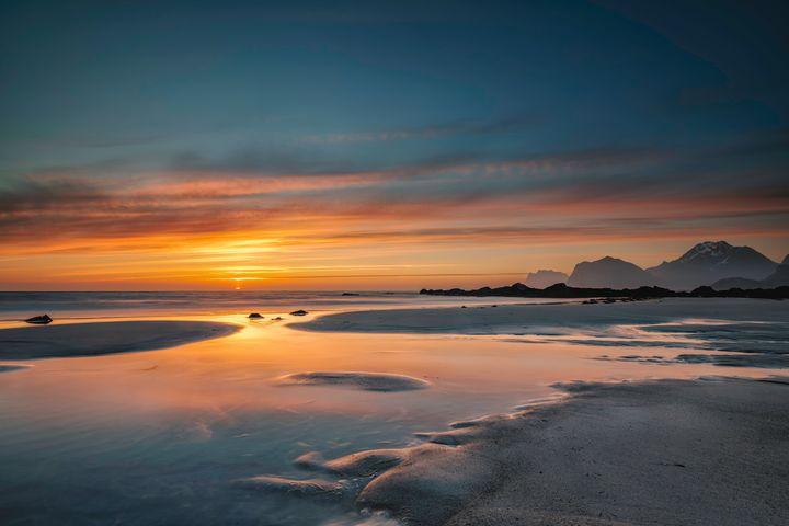 Midnight Sunset - Palombella Hart Photography