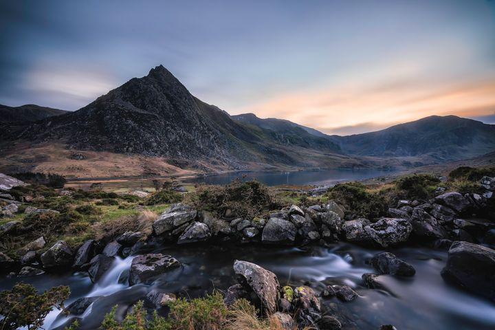 Tryfan Mountain Sunset - Palombella Hart Photography