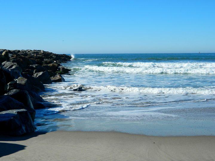 The Ventura Beach - Markell Smith Gallery