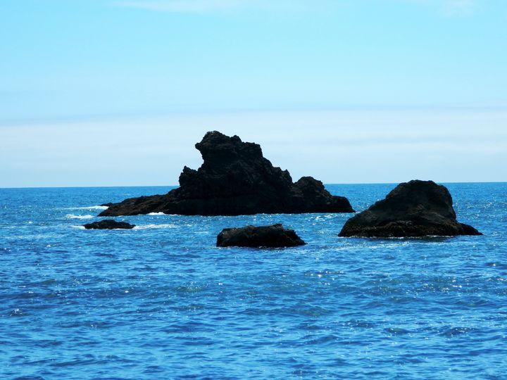 Ocean Rock - Markell Smith Gallery