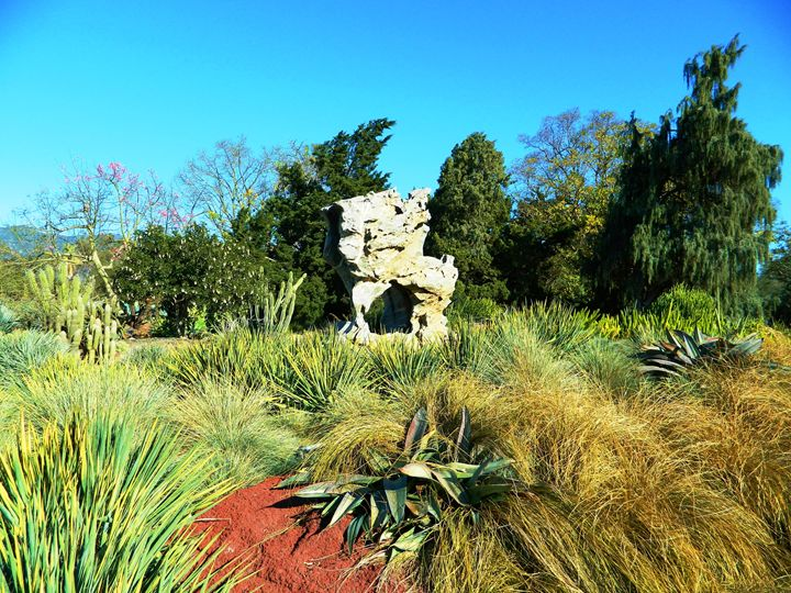 The Garden Sculpture - Markell Smith Gallery