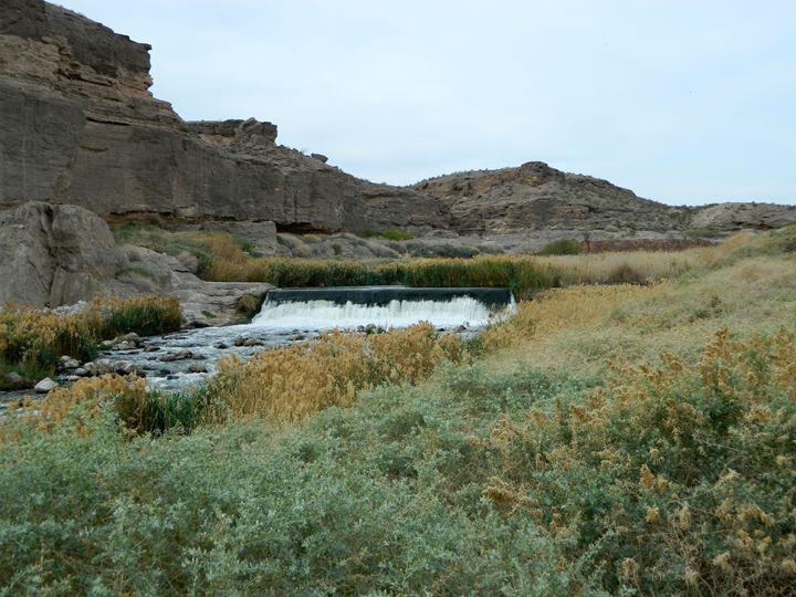 The Desert Creek Falls - Markell Smith Gallery