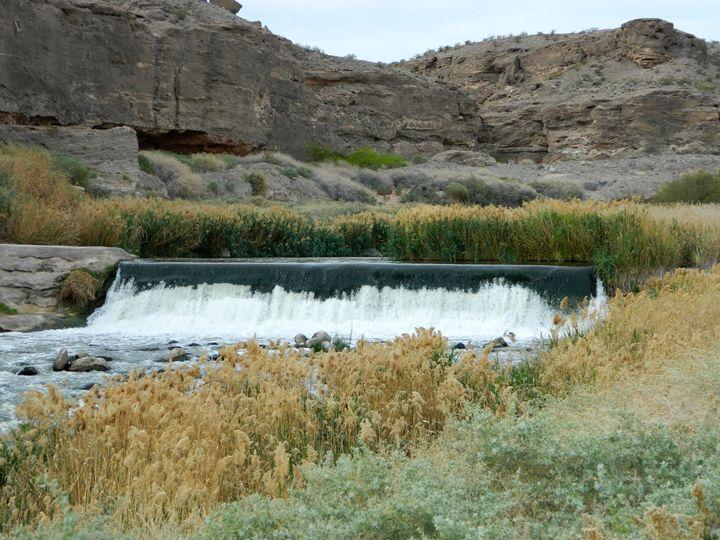 Desert Creek Falls - Markell Smith Gallery
