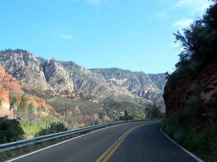 Canyon in Sedona - Markell Smith Gallery