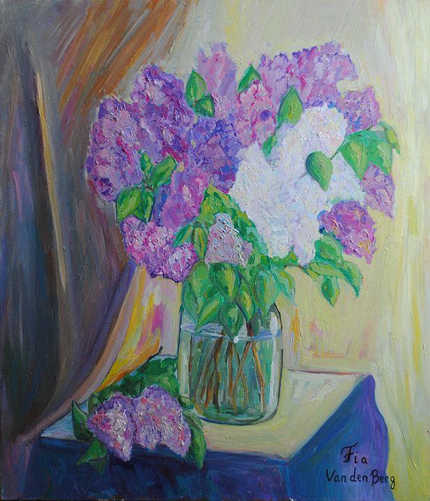 Lilac - Fia Van den Berg