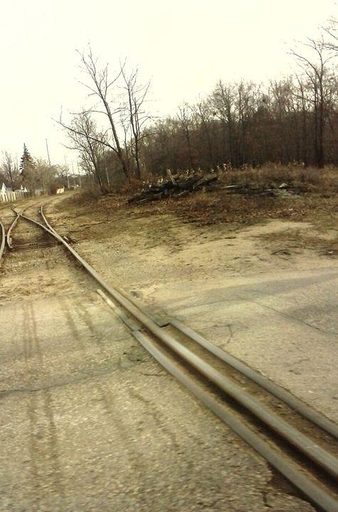 Down the Tracks - Tempia