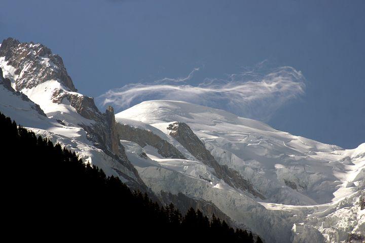 Cloud over Mont Blanc - eriktanghe