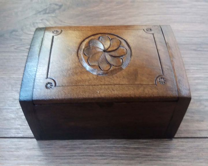 Armenian Wooden Box Eternity Sign - Pato.Armeni