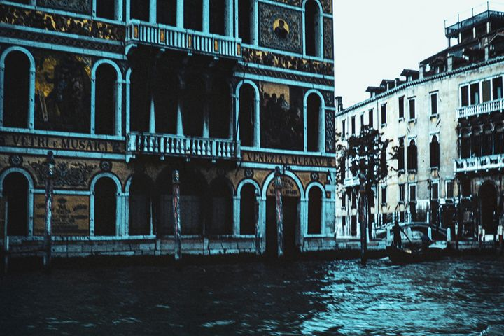 Venice photograph by Larry Simpson - Stonebrook Gallery