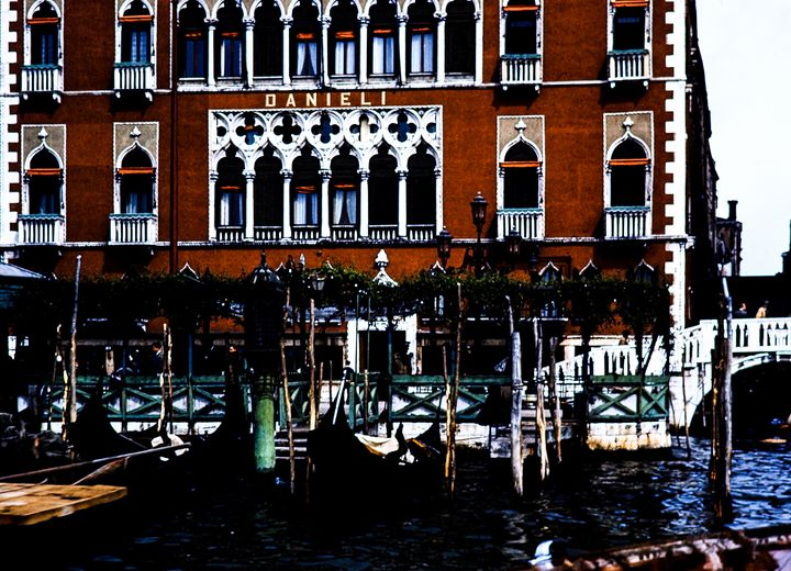 Venice, Italy color Photograph - Stonebrook Gallery