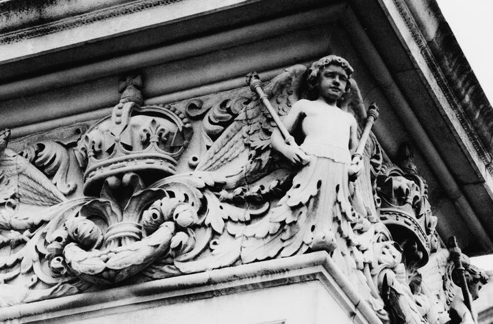 Building Decoration Crown Angel - Stonebrook Gallery