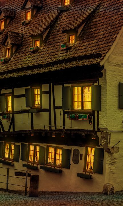 Hotel crooked house Ulm - My Pictures