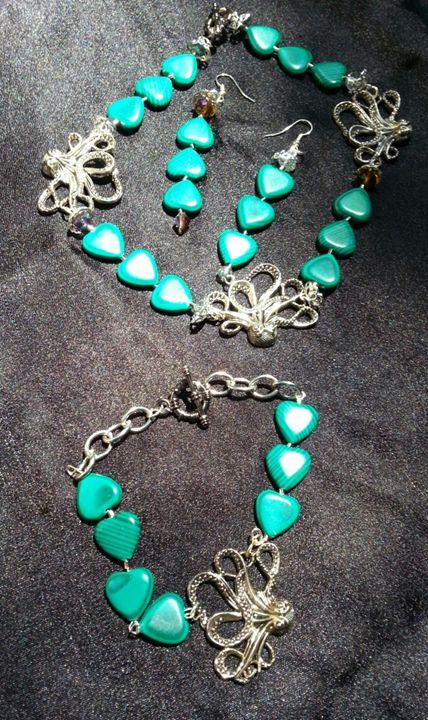 Malachite   Necklace  Set - Art by Mary S
