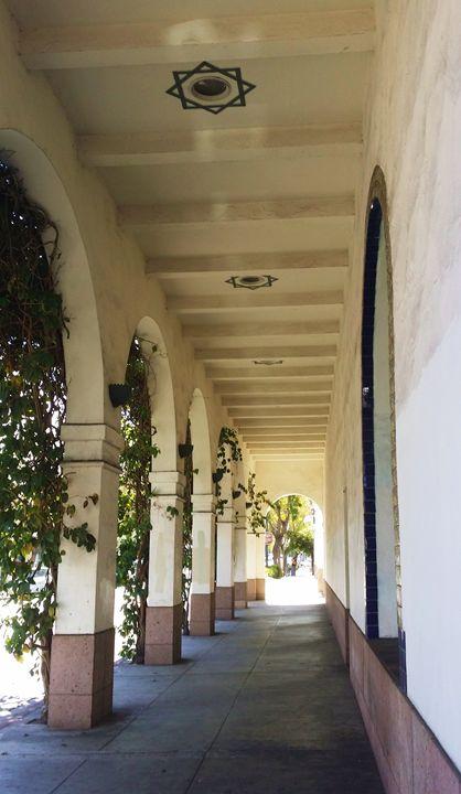 Walkway in Santa Barbara - J. Satterstrom Designs