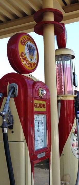 Gilmore Gas Pump - J. Satterstrom Designs