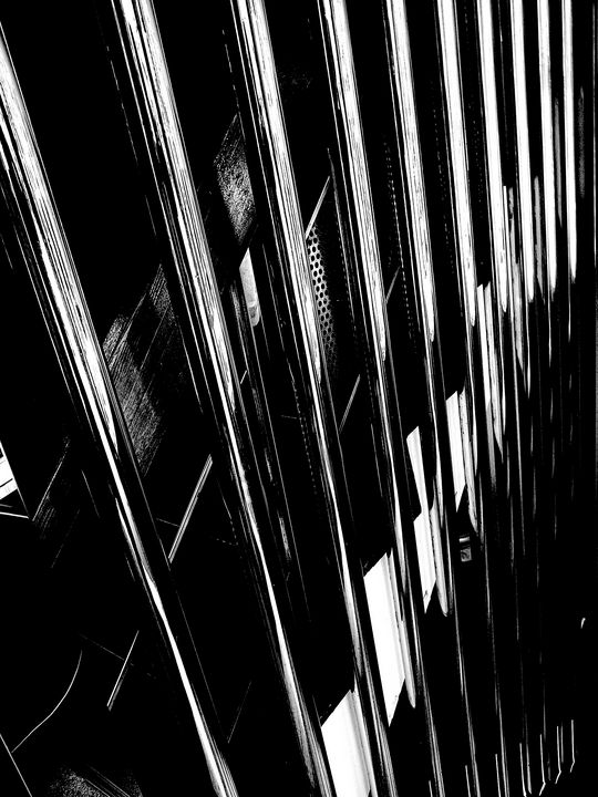 cage shining - Novo Weimar