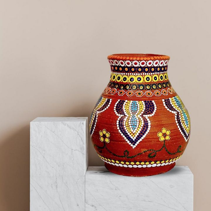 Terracotta pot - White Pearl - Moments Redefined by Shaily Agarwal