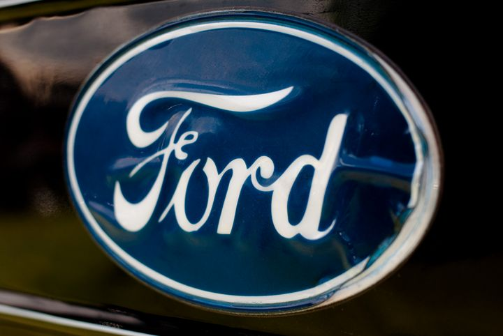 Blue Ford Emblem - MHP