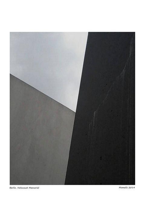 Holocaust Memorial - Travellin' Light: photography, Monica Melissano