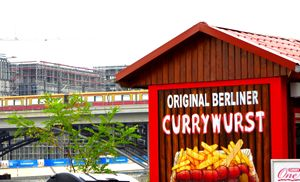 Original Currywurst - Travellin' Light: photography, Monica Melissano