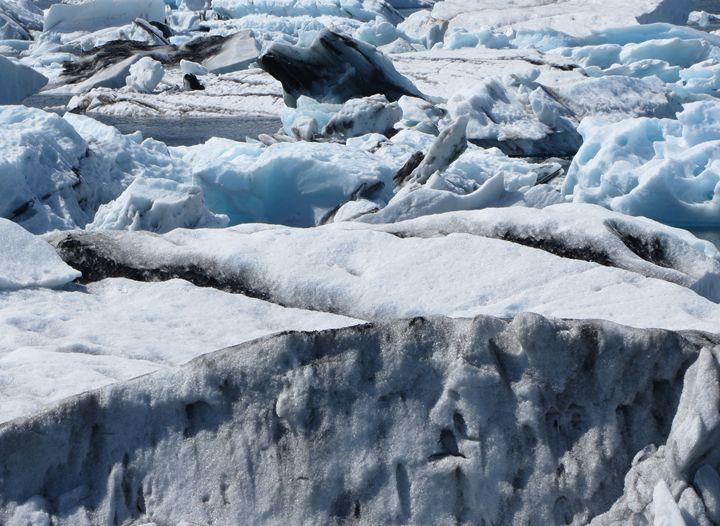 Jökulsárlón, 3 (sea of ice) - Travellin' Light: photography, Monica Melissano