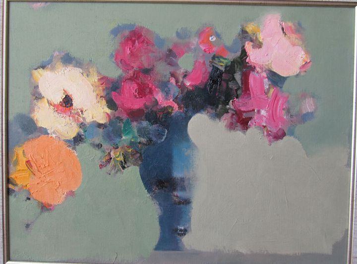 flowers on the green background - Tabriz Abdullayev Gallery