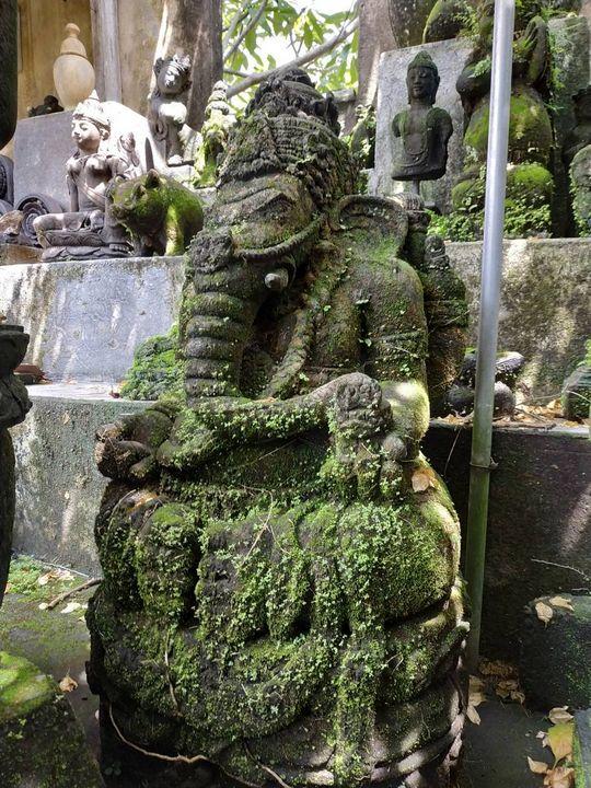 Ganesha Statue Special with alga - Yansugem art and design