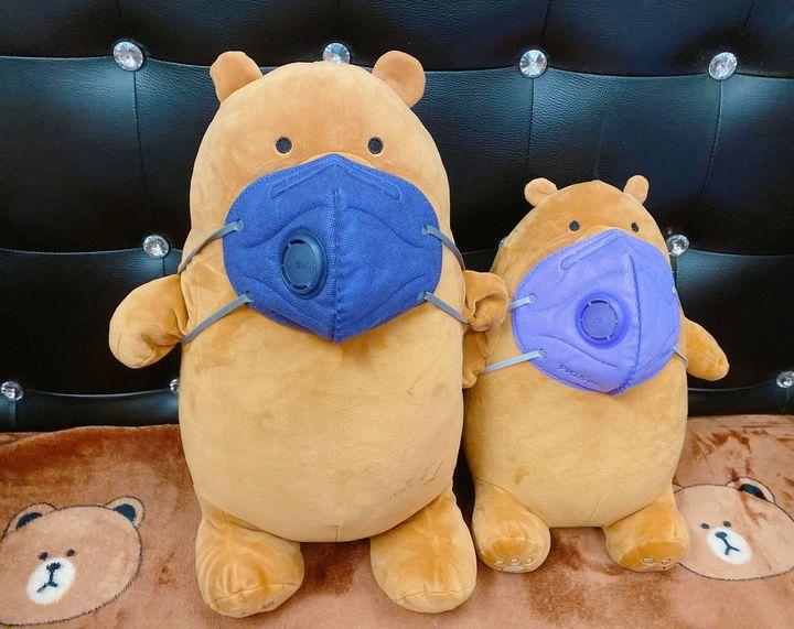 Two Teddy Bears - Alice Garner