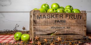 Maskers Orchard Apple Crate