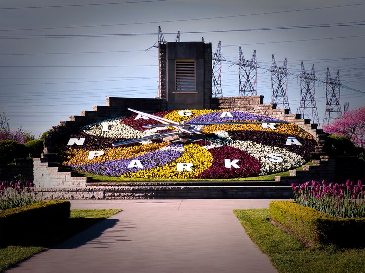 Niagara Floral Clock May 2017 - Leslie Montgomery