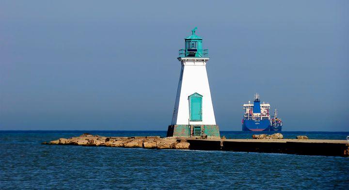 Port Dalhousie Lighthouse - Leslie Montgomery