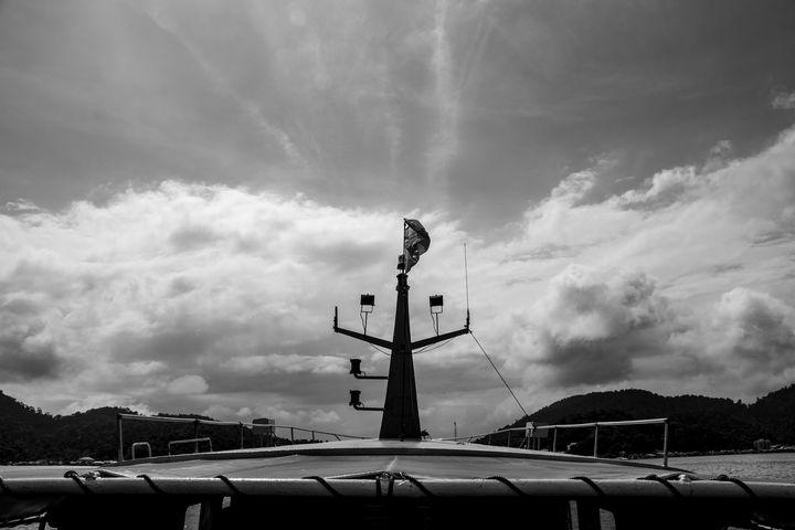 TrihandArt Pangkor Island Sky BW - Trihand Art