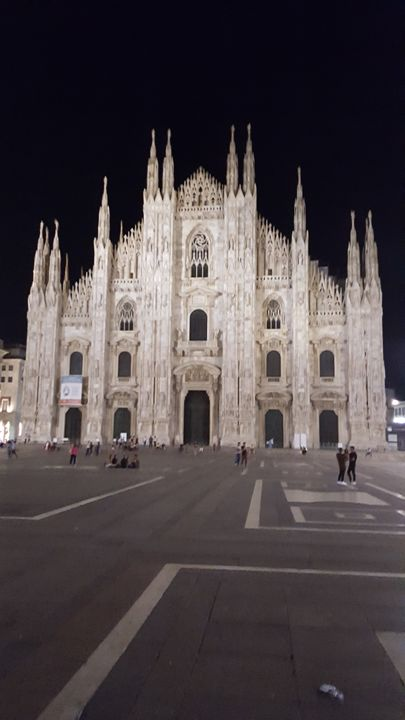 Milan famous church - Taste of life