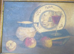 Plate and fruit