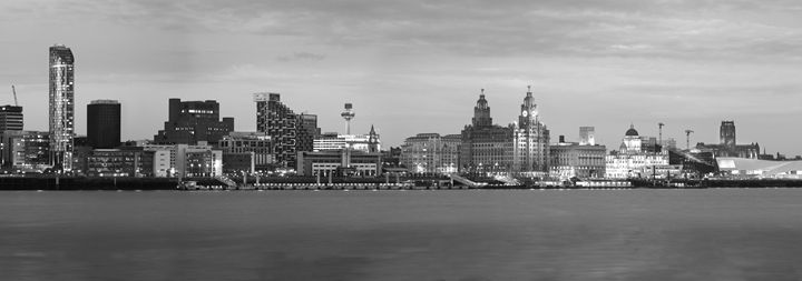 Liverpool - clifford shirley