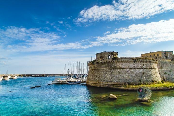 The Castle and the Sea - Giuseppe R.F. Seccia - Gallery