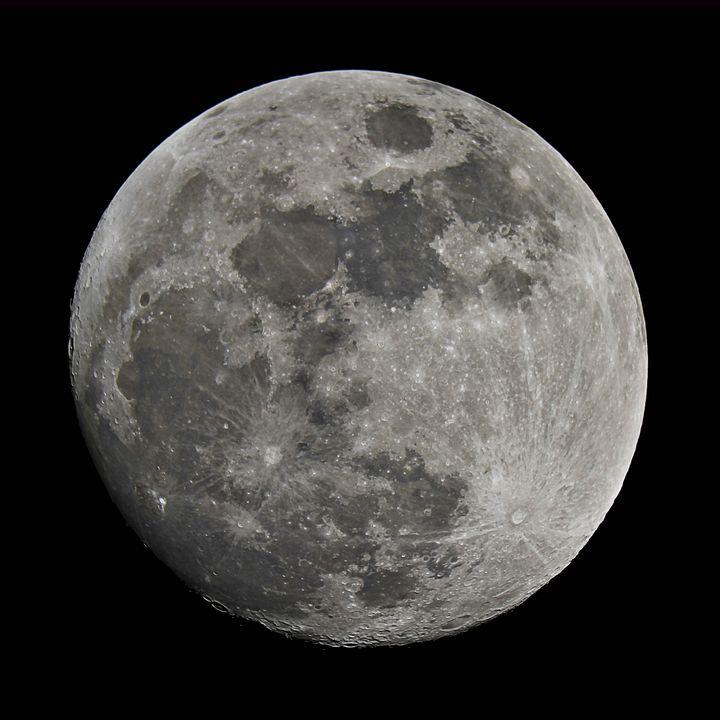 Full Moon December 2014 - 4 AM Photography