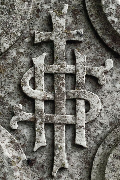 Irish headstone detail - Photowitch